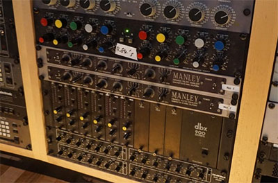 Abbey Road Studios dbx 902